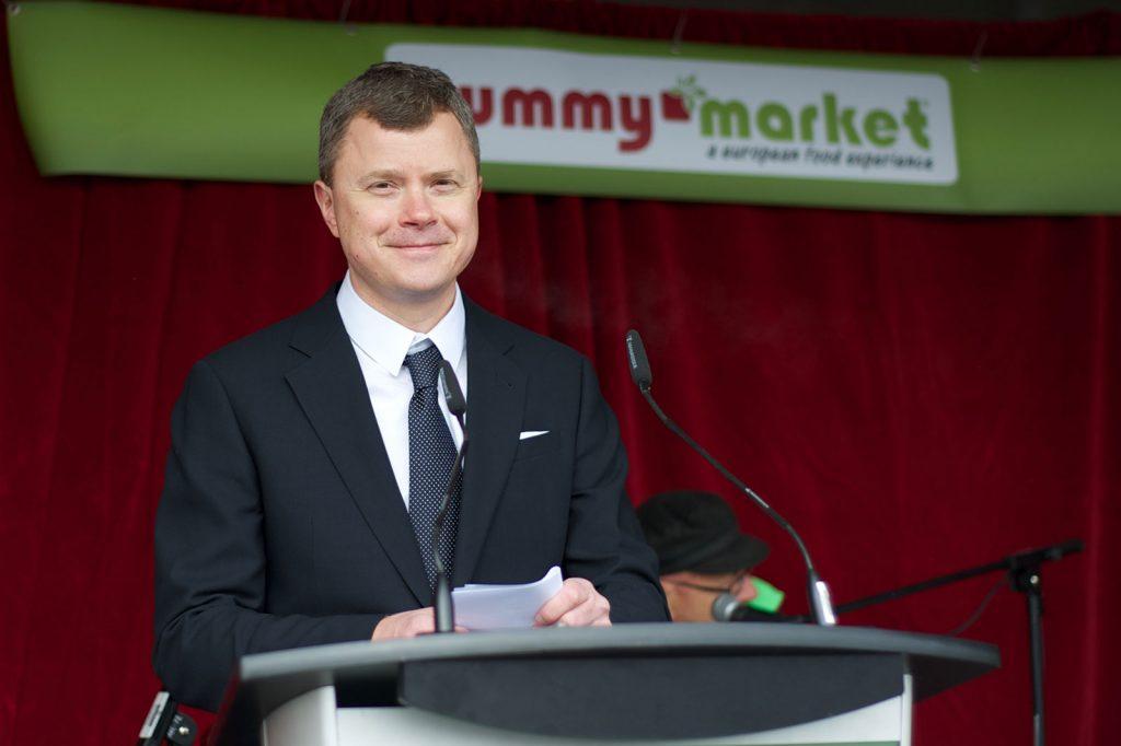 Yummy market store opening - Alex