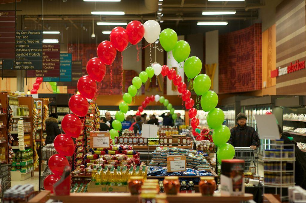 Yummy market store opening - Inside